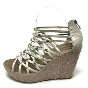 Vince Camuto 8 / 38 Wedge Leather Ivory Strappy